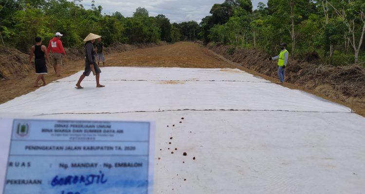 Pengawasan lapangan Ruas jalan Nanga Manday-Embaloh