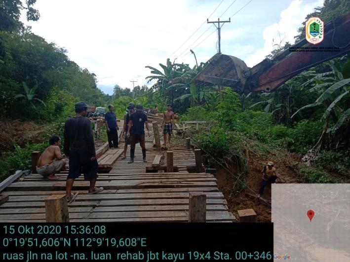 Pembangunan Jembatan Kayu Ruas Jalan Nanga Lot – Nanga Luan